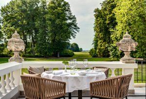 Terrasse Weissenhaus Grand Village Resort & Spa am Meer segara PR Agentur Tourismus München