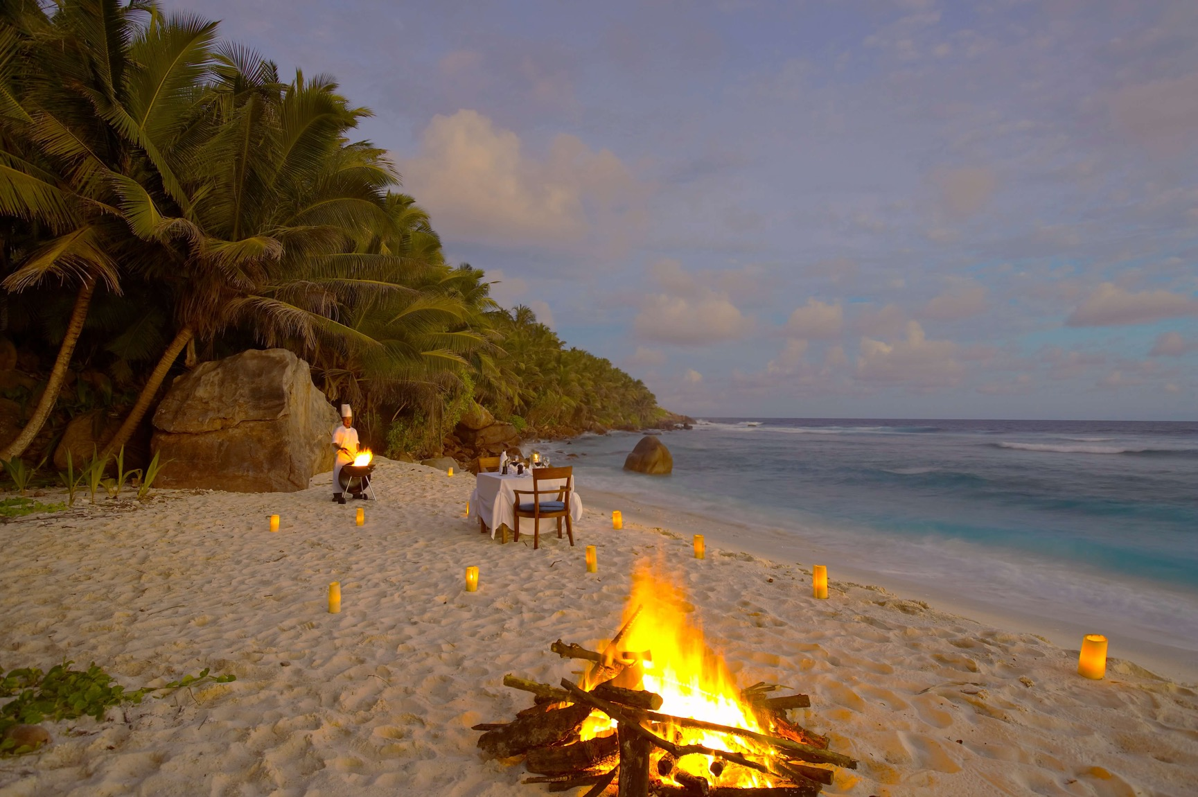 Fregate_Island_Private_Dining_beach_Ans Parc