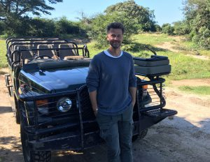segara_PR_Agentur_München_andBeyond_Wayne_Carpendale_Phinda_Game_drive_vehicle
