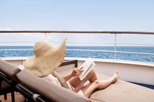 segara_PR_Agentur_München_Silversea_Cruises_Silver_Muse_Pool_Deck_Women
