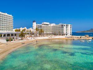 Amàre Beach Hotel Ibiza Neueröffnung Infinity-Pool Meerblick Design segara Kommunikation PR Agentur München