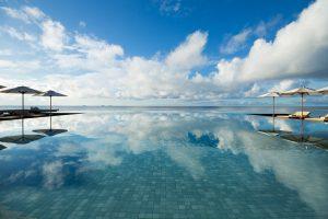 segara_PR_Agentur_München_Huvafen_Fushi_Tourismus_HUV_Infinity_Pool_Straight_01_G_A_L