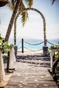 segara_PR_Agentur_München_Tourismus_Fregate_Island_Private_Wedding_Rose_Arch