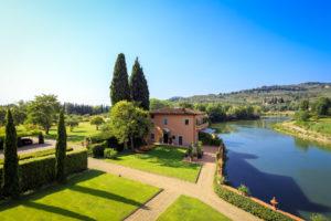 segara_PR_Agentur_München_View on the Villino and the Arno