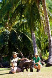 Raffles_Seychelles_segara_PR_Agentur_München_Ranger_Riesenschildkröten