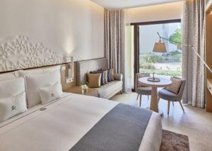 segara_PR_Agentur_München_Zulal Discovery_Accommodation_Superior Room_Bedroom_Architecture