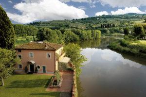 segara_PR_Agentur_München_Villa_La_Massa_Villino and the Arno river