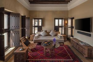 Al_Bait_Sharjah_Heritage_Suite2_Living_Room