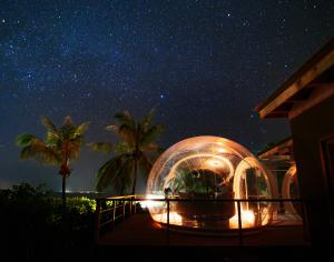 Amilla_Fushi_Skyhouse_Bubble_night_02_02