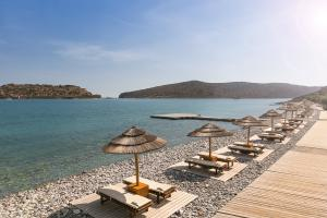 Blue_Palace_Resort_&_Spa_Private_Beach_02