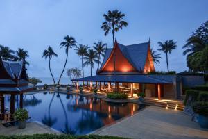 Chiva-Som_Pool_and_Taste_of_Siam