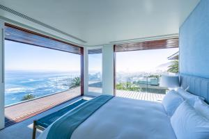 Ellerman_House_Villa_One_Exterior_Main_bedroom_view