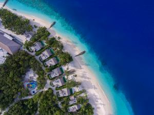Emerald_Maldives_beach_villas_aerial©r.patti