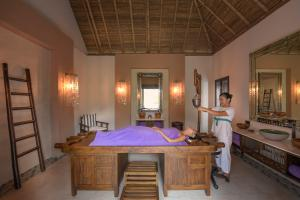 Emerald_Maldives_Spa_Treatment_©r.patti