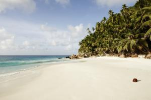Fregate_Island_Private_Beach_Anse Victorin