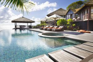 Fregate Island Private Twin Swimming Pool