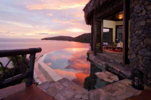 Laucala_Island_peninsula_villa_lounge_sun