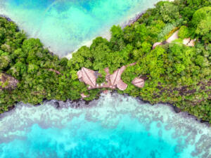 Laucala_Island_Villas_Coast©Trey_Ratcliff