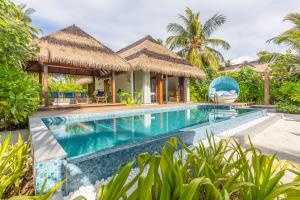 Pullman_Maldives_Maamutaa_Beach_Pool_Villa
