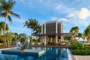 Pullman_Maldives_Maamutaa_Pool_Pavilion