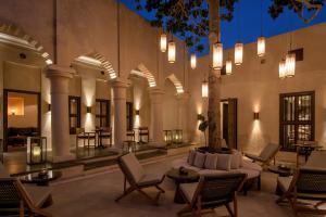 The_Chedi_Al_Bait_Sharjah_Cafe_Exterior_Night