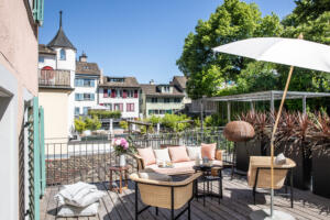 Widder_Hotel_Luxury_Residences_Balkon_Sitzecke