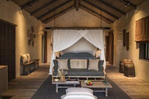Zannier_Hotels_Bãi_San_Hô_Beach_Pool_Villa_1_©_Frederik_Wissink_for_Zannier_Hotels