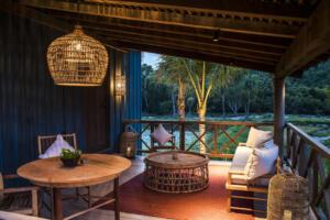 Zannier_Hotels_Bãi_San_Hô_Paddy_Field_Villa_Exterior_dusk_©_Frederik_Wissink_for_Zannier_Hotels