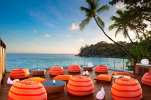AVANI Seychelles Barbarons Resort & Spa Gravity Bar