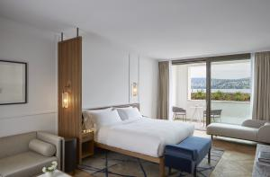 Alex Lake Zürich Room Bed Lake View