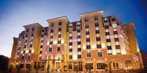 AVANI Deira Dubai Hotel Exterior