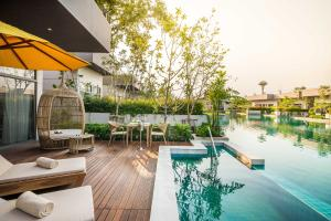 AVANI Hua Hin Resort & Villas Lagoon Pool