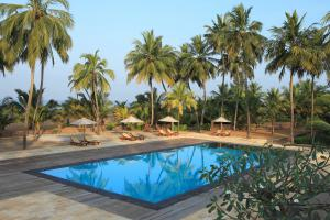 AVANI Kalutara Resort Pool