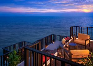 AVANI Sepang Goldcoast Resort Three Bedroom Villa Balcony