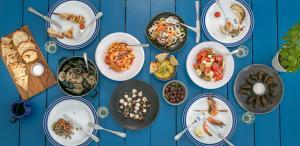 Blue Palace Resort & Spa Blue Door Food