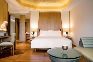 Chiva-Som International Health Resort  Ocean Room Bedroom