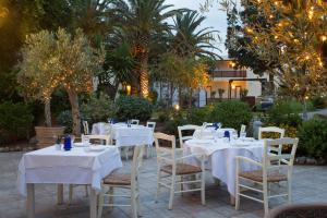 Cretan Malia Park Mouries Restaurant 02