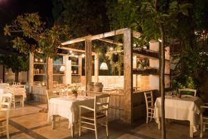 Cretan Malia Park Mouries Restaurant