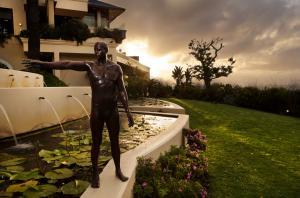 Ellerman House Skulptur Angus