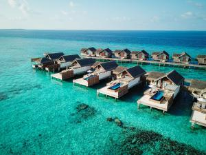 Fairmont Maldives Sirru Fen Fushi Grand Water Villa Sunset