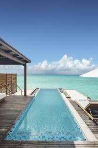 Fairmont Maldives Sirru Fen Fushi Water Villa Plunge Pool
