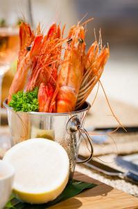 Finolhu Crab Shack Gambas