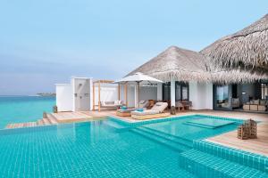 Finolhu Lagoon Villa Pool