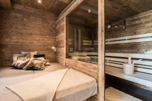 Gut Steinbach Chaletdorf Sauna 03