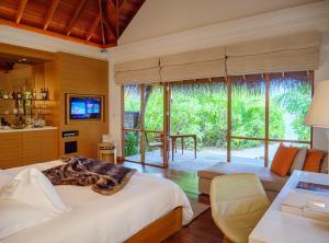 Huvafen Fushi Beach Villa Bedroom