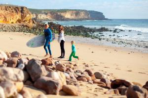 Martinhal Sagres Family Surfing