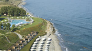 Neptune Hotels Resort Convention Centre & Spa Beach Pool
