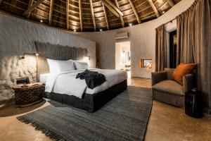 Omaanda Hut Bedroom © Zannier Hotels
