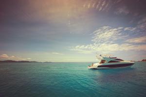 Raffles Seychelles Boat Wide