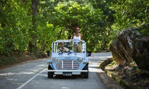 Raffles Seychelles Lifestyle Excursions Car